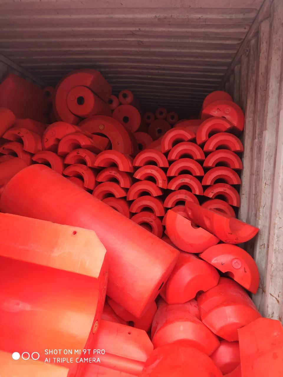 Cung cấp phao chắn rác cho các hồ thủy điện